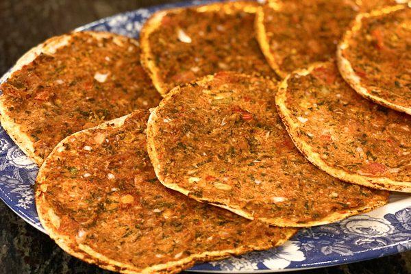 Hummus Bi Ajeen