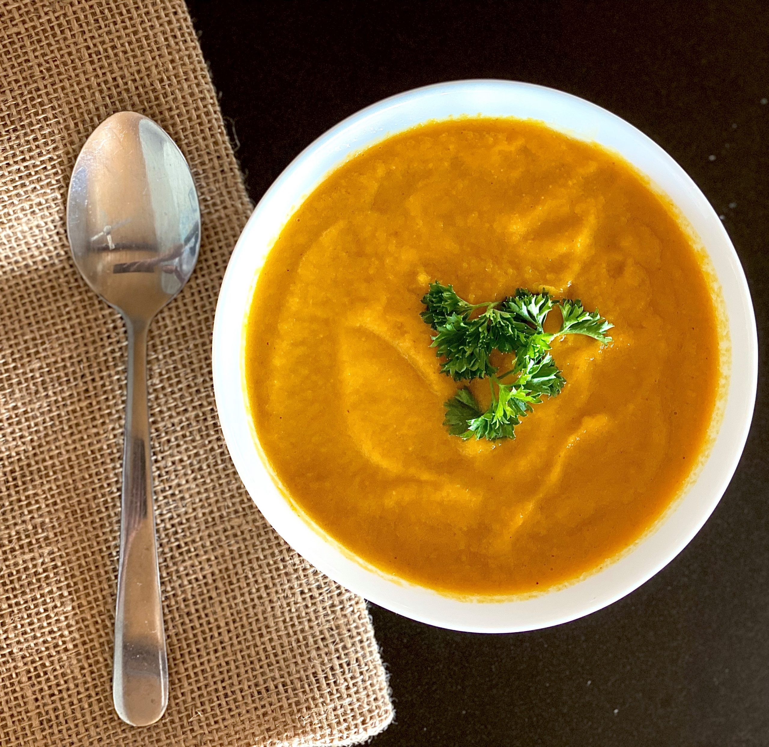 Healthy and Quick Carrot Soup Recipe
